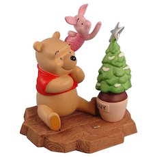 Pooh & Friends Porcelain Christmas Figurine Limited Edition Winnie Pooh