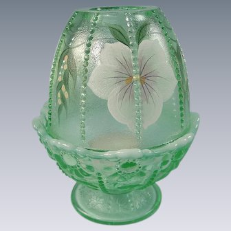Fenton Glass Willow Green Fairy Light