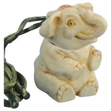 Vintage Harmony Kingdom Elephant Pendant Earl of Oswald