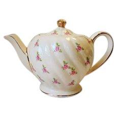 Vintage Sadler Teapot Pink Roses  # 1593 4 Cup Swirl