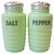 Vintage Jeannette Jadite  Salt & Pepper Shaker Range Set Ribbed
