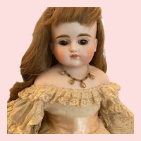 Lovely Turn-Head Antique Doll