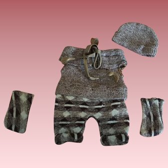 Fabulous Four Piece Vintage Outfit For Bisque Dolls