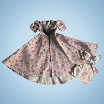 Factory Floral Robe Set for Composition Dolls 1940