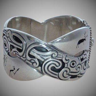 Antonio Pineda 970 Silver Aztec Primitive Shadowbox figures Bracelet