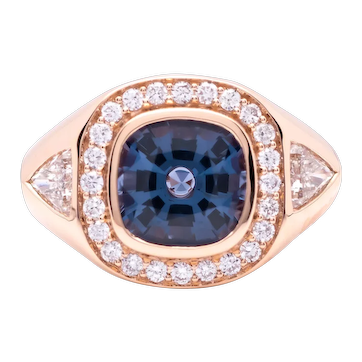 Women's ~2.5ct Blue Sapphire Ring in 18k Gold w/ Diamonds