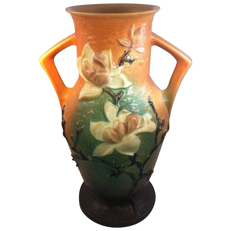 Roseville Magnolia Vase Vase And Cellar Image Avorcor