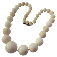 Vintage 1940-50's Large Angel Skin Coral Bead Necklace