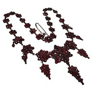 Divine Victorian Festooned Silver Necklace Bohemian Rose Cut Garnet Star Collar