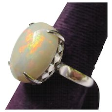 Lovely Opal 14k White Gold Vintage Ring
