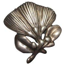 Mings Sterling Silver Vintage Flower Brooch