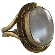 Vintage Moonstone 14K Gold Ring