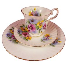 Elizabethan Fine Bone China Pansy Trio - Cup, Saucer, Plate