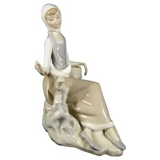 Lladro Shepherdess with Dove Figurine L4660