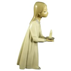 Lladro Girl With A Candle Figurine #4868