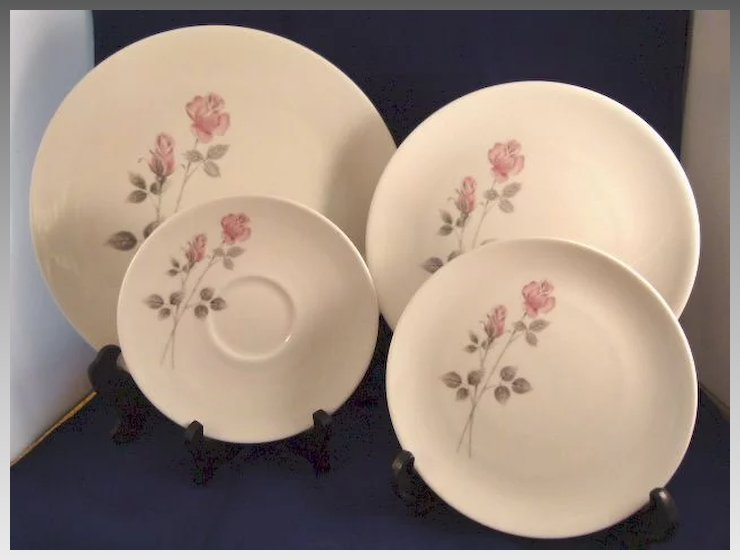 Royal Doulton China Dishes u0027Pillar Roseu0027 Pattern TC1011 & Royal Doulton China Dishes u0027Pillar Roseu0027 Pattern TC1011 : Trillium ...