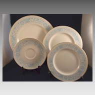 4 Royal Doulton China Dishes 'Hampton Court' Pattern TC1020