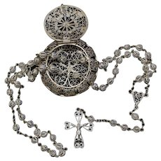 Rare Vintage Sterling Silver Filigree Set : Rosary and Box marked Roma