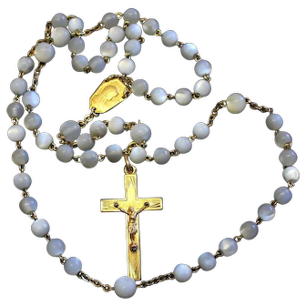 Vintage MOP and Gold Plated Catholic Rosary in Ormolu Egg Shaped Shell box – Rare - Exquisite