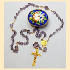 1930'S Rare Solid 18K. Gold and Faceted Amethyst Rosary Late Art Deco in Cloisonné and Enamel Box