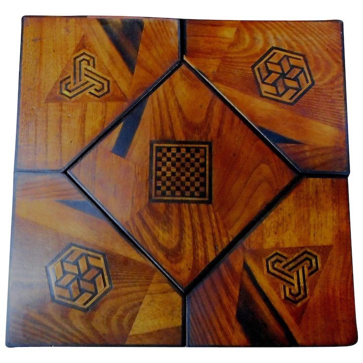 Inlaid Japanese Wood and Lacquer Jewelry Puzzle Box Fineteeks