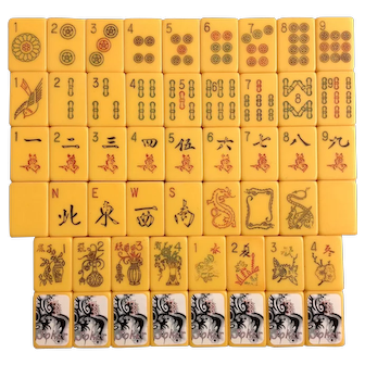 ROYAL Vintage Mah Jong game - 152 tiles with amazing tile color - needs a new home!