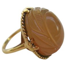 Vintage 14K Carved Agate Dome Ring c.1960