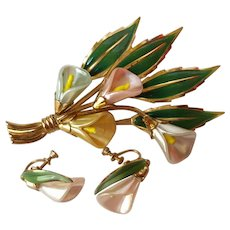 Coro Calla Lily Pin & Earring Set