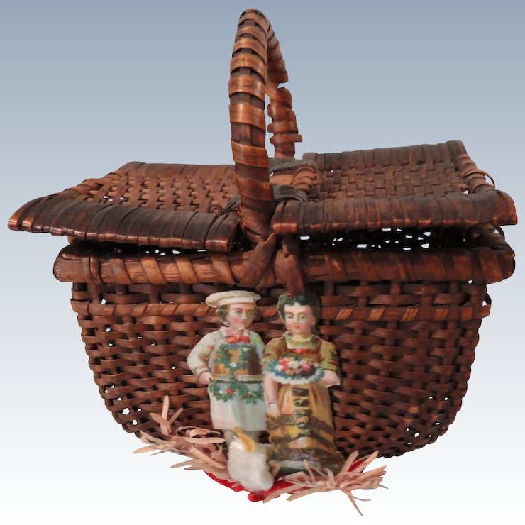 wicker picnic basket wchristmas decorations
