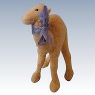 """Cute 5 1/2"""" Steiff Camel"""