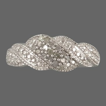 8KT White Gold and Diamond Ring