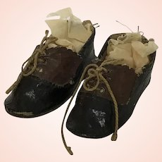 Great Pair of Two Tone Doll Shoes