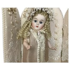"""Fabulous Artist Made Doll with Screen 6"""""""