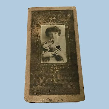 Early Two compartment CardBoard Box with Woman Potrait