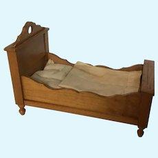 Lovely German Schneegas Dollhouse Bed
