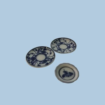 Sweet Antique Dollhouse Blue Onion Dishes