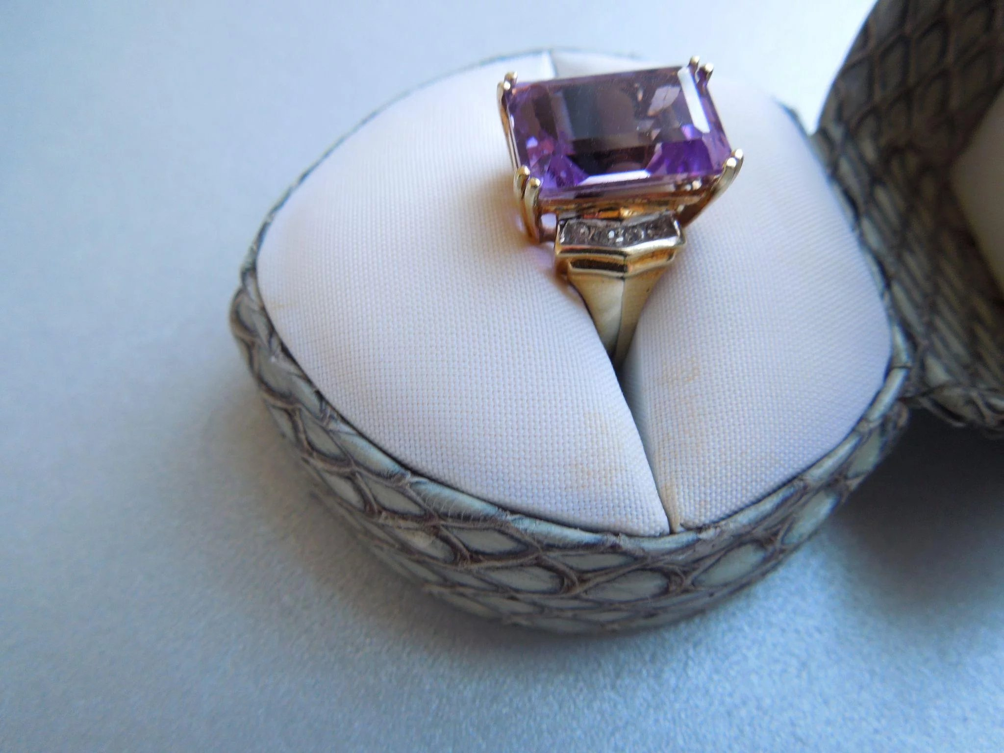 Vintage Large Emerald Cut Amethyst Amp Diamond Ring 10k