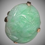 Enchanting Carved Bird Fruit Oval Green Jade Jadeite 14k Yellow Gold Ring
