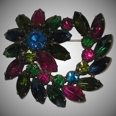Red Blue Green Prong Set Faceted Rhinestone Dimensional Swirl Gold Tone Pin Brooch