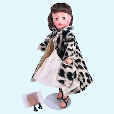 "Vintage Fashion for 10 1/2"" Dolls"
