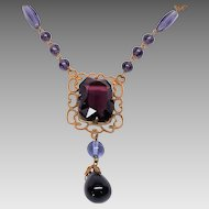 1920s to 30s purple Glass Art Deco necklace