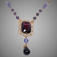 1920s to 30s purple Glass Art Deco necklace