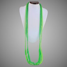 "1960s MOD Lime Greens 3 strand Atomic Shapes Opera Length Necklace 50"""