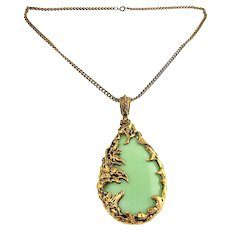 Amazing Large 1970s Dragon Fire Acrylic Jade Color Pendant Necklace