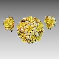 Vintage Spring enamel pearl and rhinestone Brooch Earrings Set