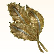 18K Gold Holly Brooch with Diamonds