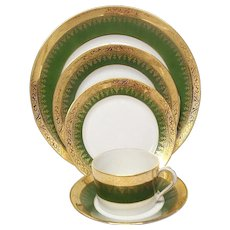 Charles Field Haviland Green & Gold Encrusted Five Piece Place Setting