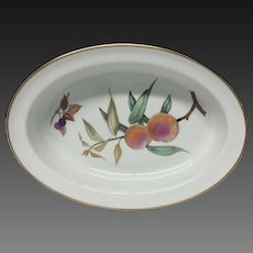 Royal Worcester Evesham Gold Oval Pie Baker, England