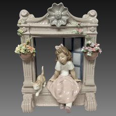 "Boxed  Lladro ""Childhood Dreams"" #06817"