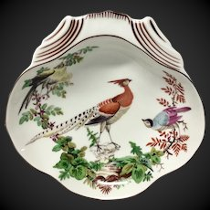 Vibrant Mottahedeh Chelsea Birds Shell Shaped Dish